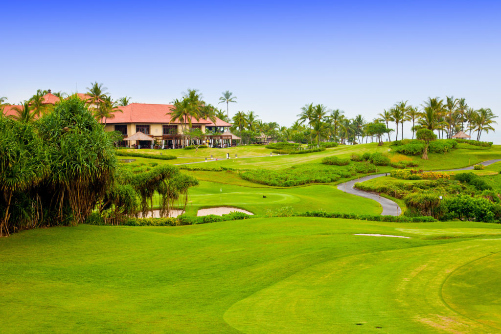 Golf Course with club house for clubs/HOA