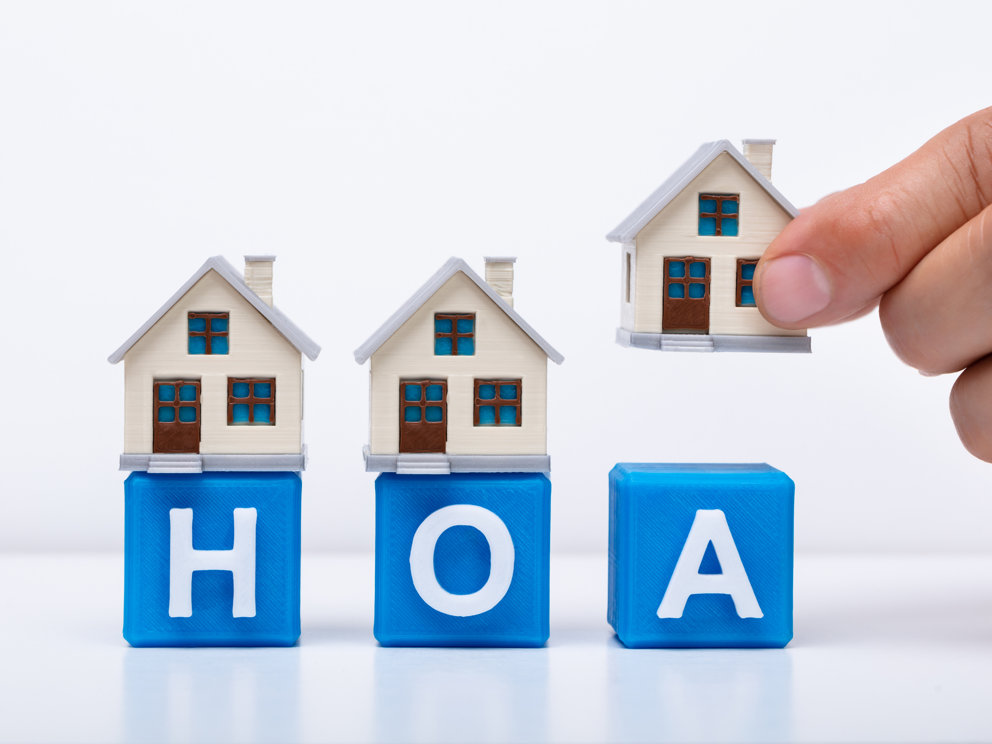 How HOA Management Companies Can Easily Manage HOA Elections